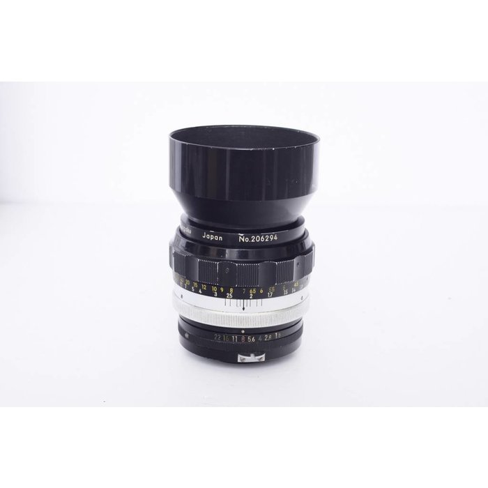 Nikon Nikkor H 85mm f/1.8 Nippon Kogaku