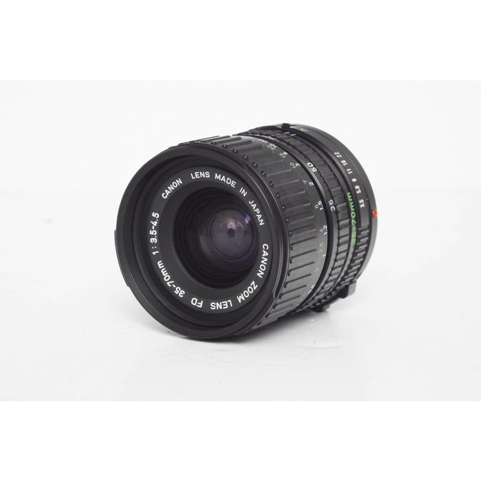 Canon 35-70mm f3.3-4.5 FD Lens Mint