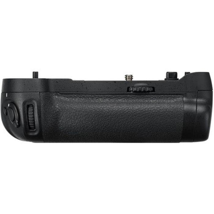 Nikon MB-D17 Battery Pack