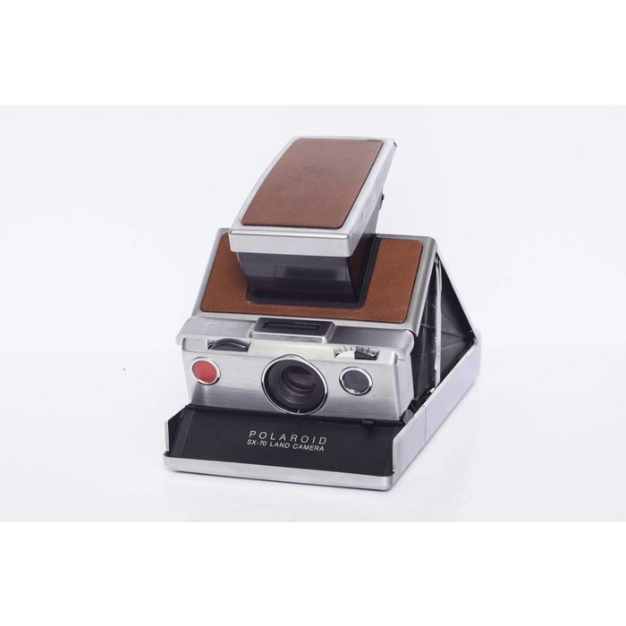 Polaroid Land Camera SX-70 with Leather Case