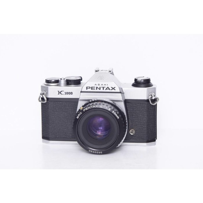 Pentax K1000 with SMC Pentax-A 1:2 50mm
