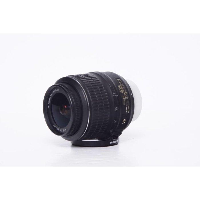 Nikon 18-55mm AF-S f:3.5-5.6G