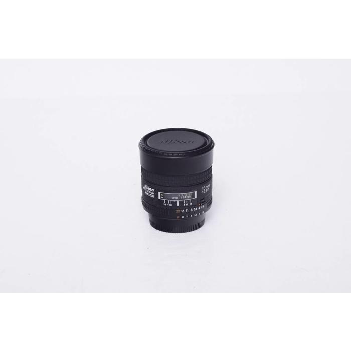 Nikon AF 16mm Fisheye f/2.8D