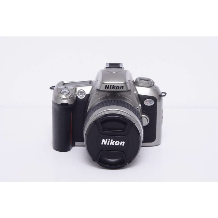 Nikon N75 w/ 28-80mm