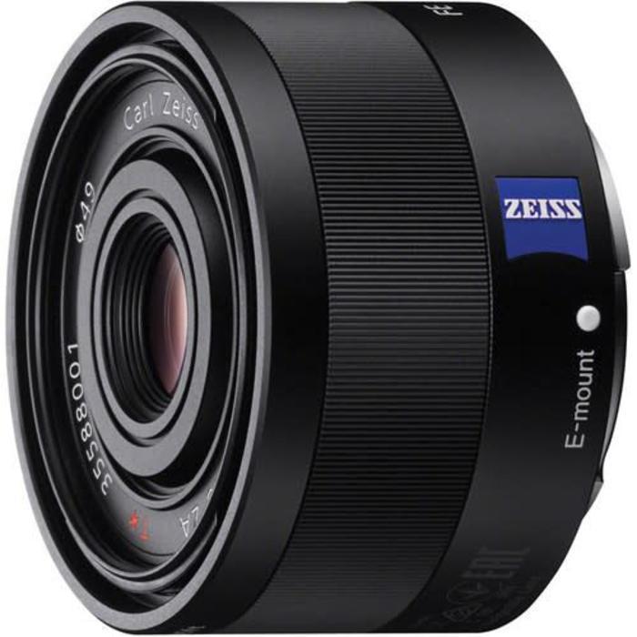 Sony FE T* 35mm f/2.8 Zeiss