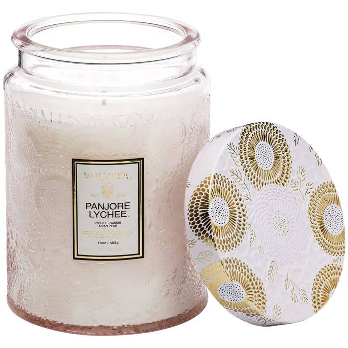 VOLUSPA VOLUPSA Embossed Glass Jar Candle in Panjore Lychee