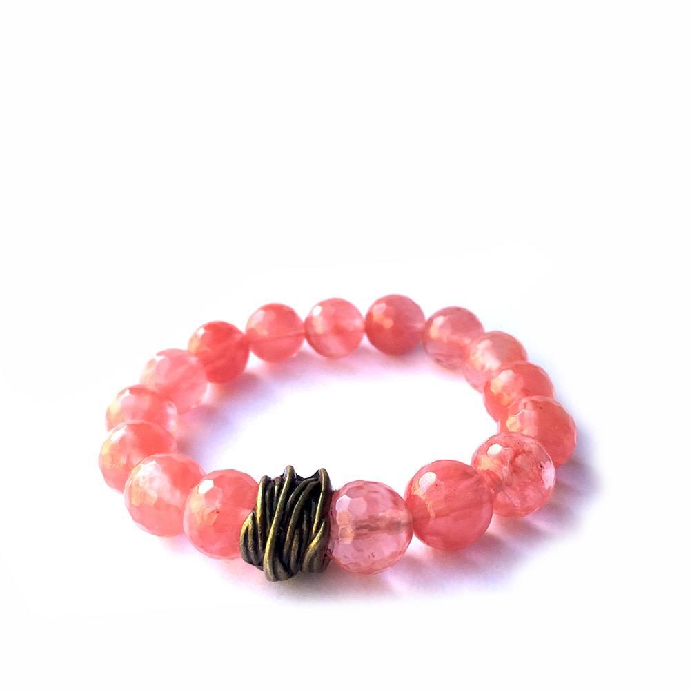 Lula n Lee Lula n Lee stretch bangle bracelet in cherry quartz