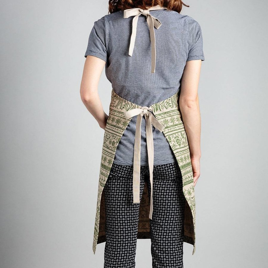 Nordic Forest Apron - Photo 1