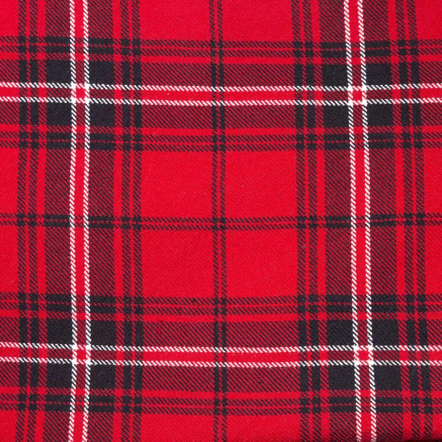 Red Checkered Cushion - Photo 1