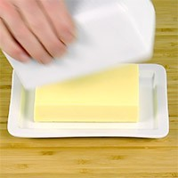 Ceramic Butter Dish (1 pound)