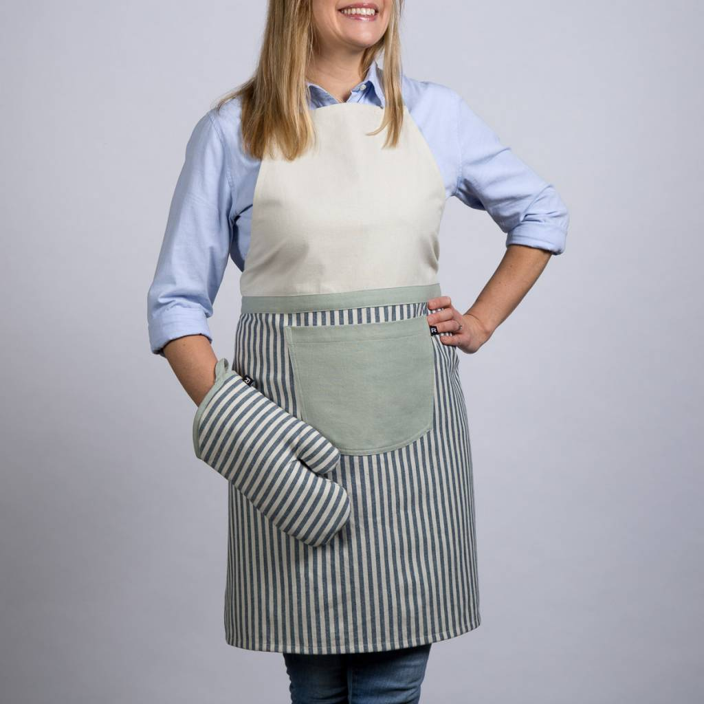 Ensemble de tablier, mitaine et sous-plat chambray à rayures