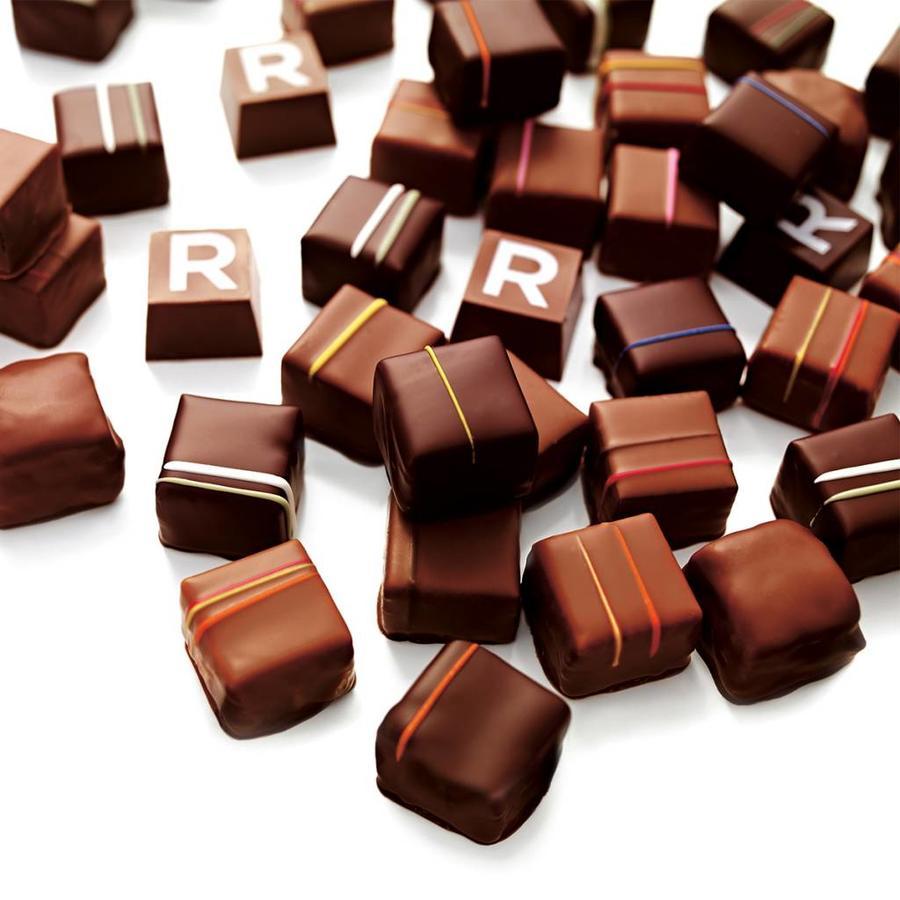 Boîte de chocolats assortis de 9 morceaux - Photo 1