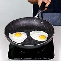 """""""The Rock"""" 26 cm (10.5 in) non-stick Forged Aluminum Frypan"""