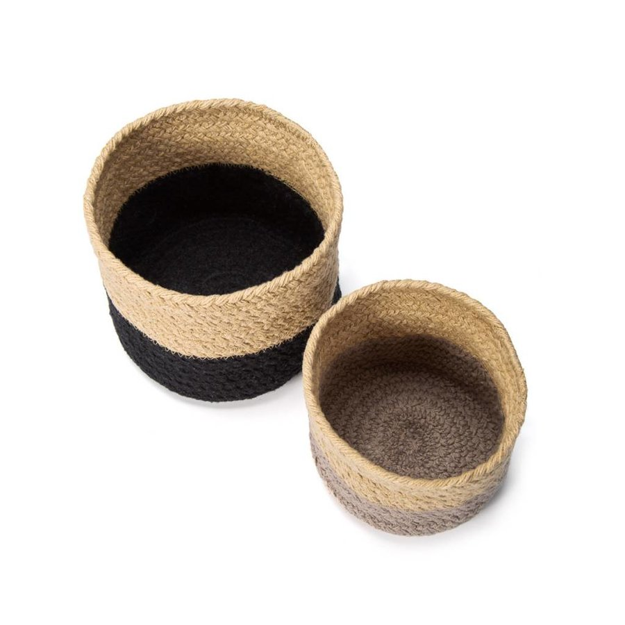 Set of Two Woven Baskets - Photo 1