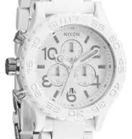 NIXON WATCHES 42-20 CHRONO ALL WHITE/SILVER