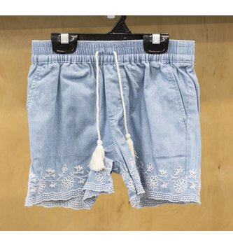 DEX JEANS SCALOP EDGE EMBROIDERED SHORT