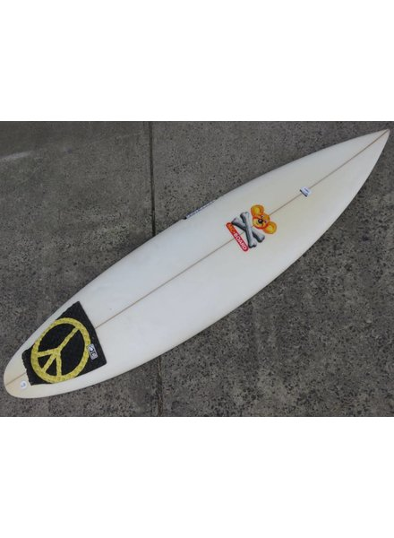 """SECONDHAND SURFBOARDS Maurice Cole ATM 5'11"""" x 18 1/2"""" x 2 1/8"""" Futures (#300)"""