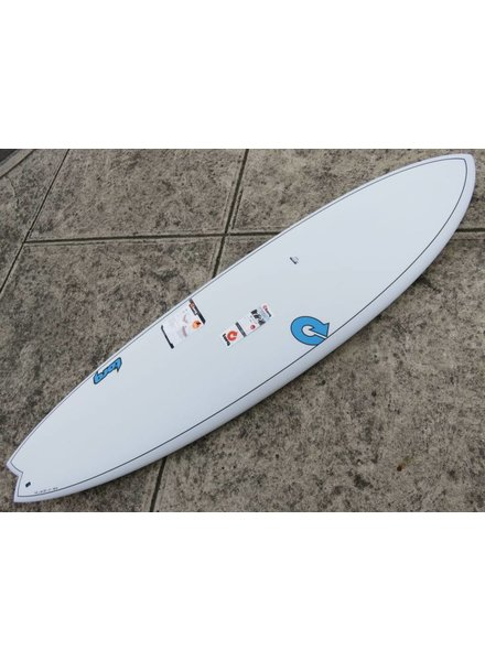 "TORQ TORQ TET Carbon Strip Fish 7'2"" x 22 1/2"" x 3"" 52.7L Futures White Pinline  (*Cover & Legrope Package available)"