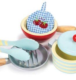 Le Toy Van Honeybake Pots and Pans Set Le Toy Van
