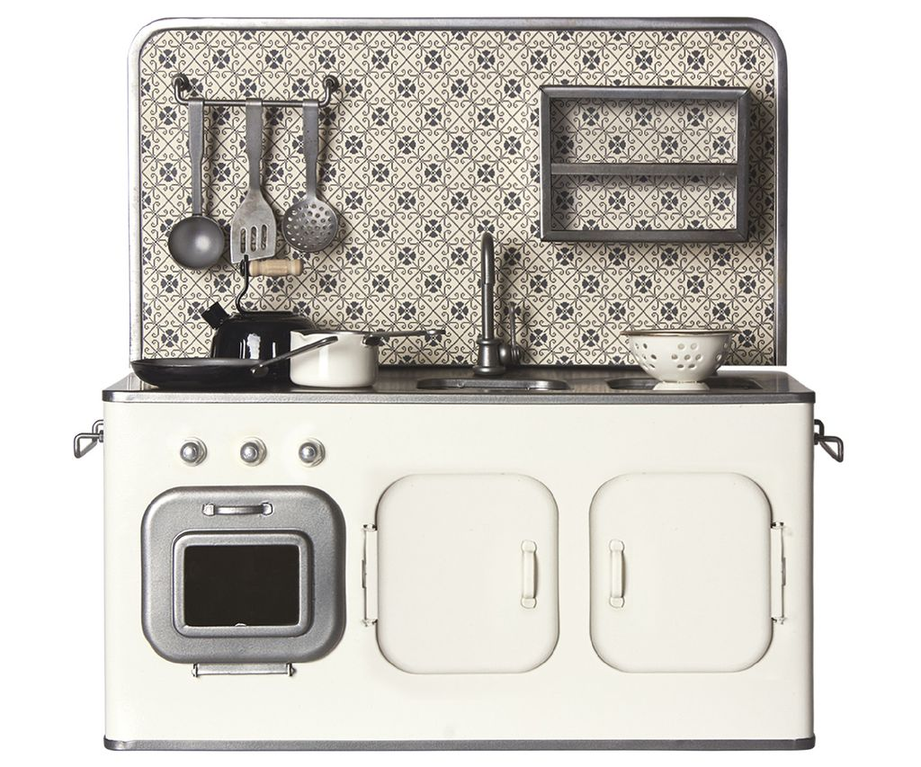 Maileg Retro Kitchen with Ustensils