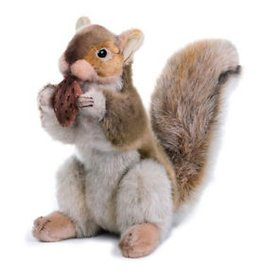 Hansa Brown squirrel with nut