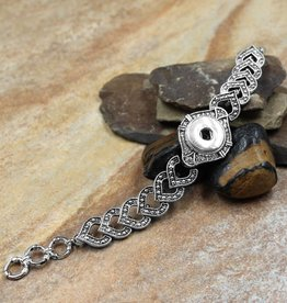 bracelet | silver | interlocked ornate hearts | 1 snap button