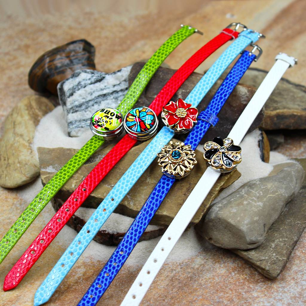 bracelet | white | croc leather | 1 Snap
