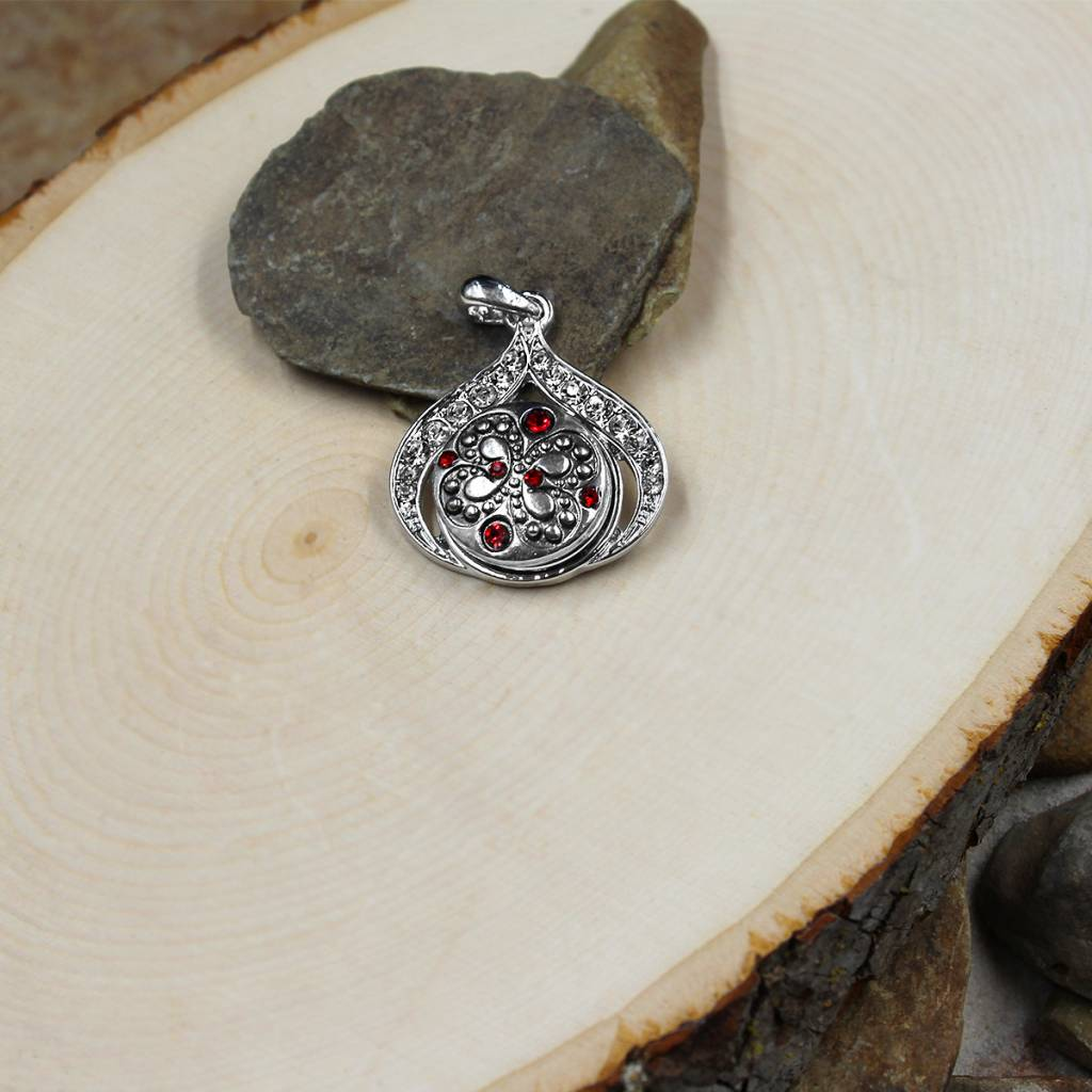 Snap Button Jewels™   rhinestones   silver   embedded butterfly red stones