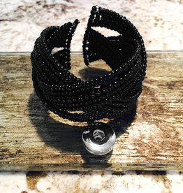 Bracelet | Black | Beaded | 1 Snap