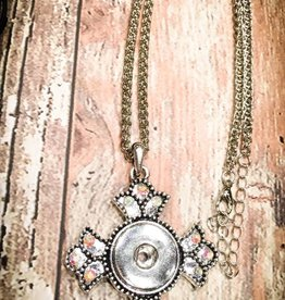 necklace | silver | cross shape textured | 1 Snap Button
