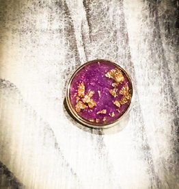 Snap Button Jewels™ | Fashion | Purple Background | Gold Flakes