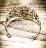 Bracelet | Silver | Ornate Vintage Cuff | 1 Snap Button