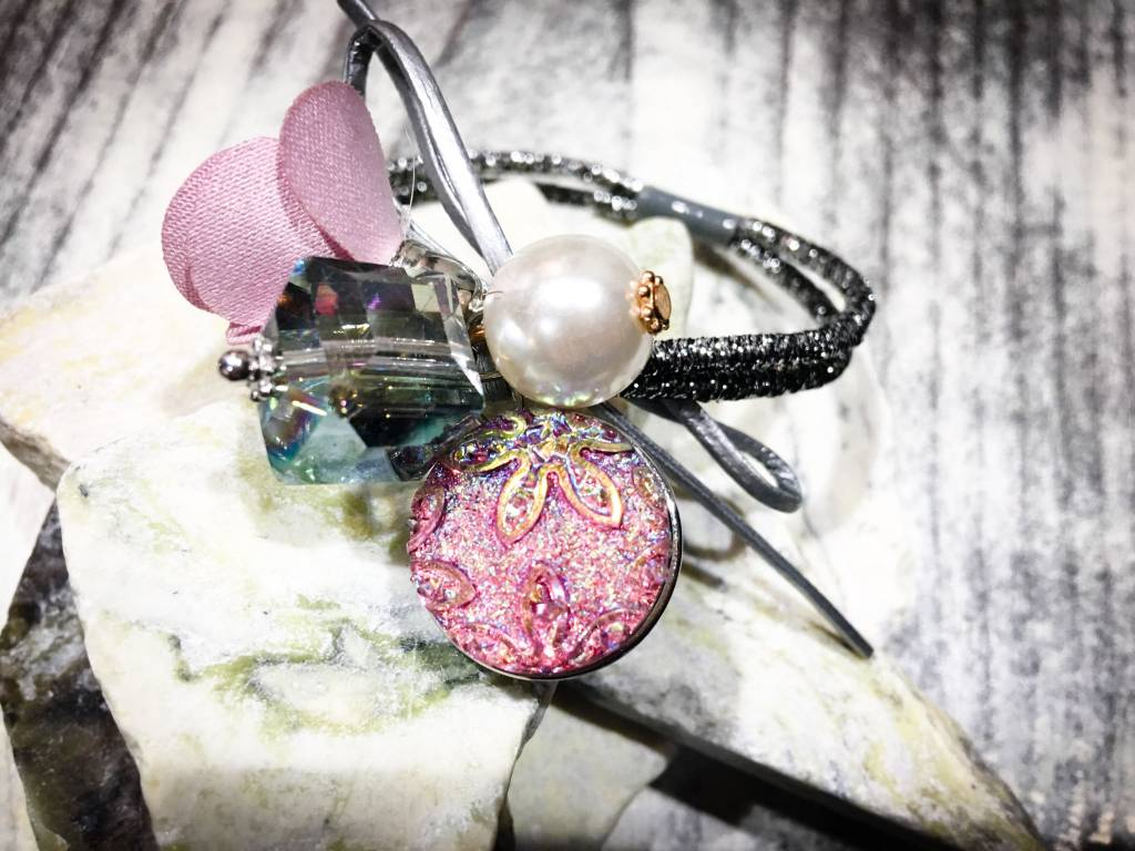 Snap Button Jewels™ | Fashion | Light Pink | Sparkling | Flower Emboss