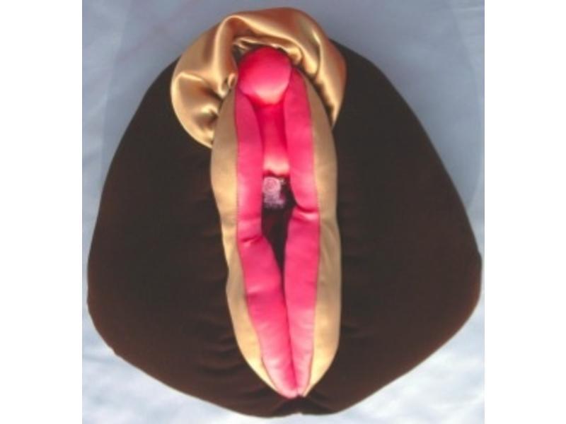 Wondrous Vulva Puppet