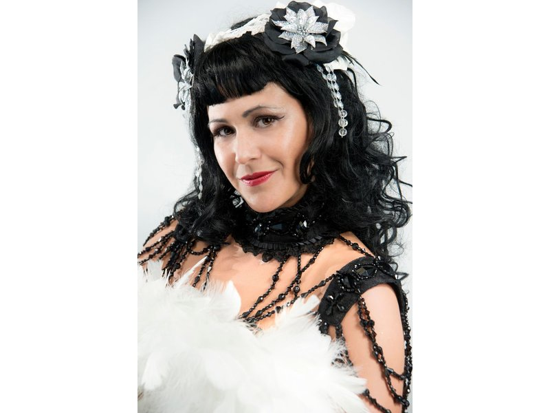 Burlesque Basics for the Bedroom & Beyond with Eva D'Luscious / Sunday, October 21st