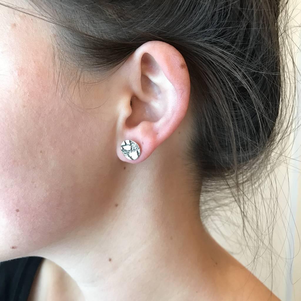 Stud Earring - Eggshell