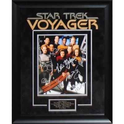 Star Trek-Voyager – Cast Signed Photo
