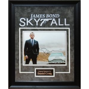 James Bond Skyfall – Daniel Craig Signed Photo