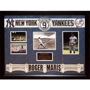 NY Yankees – Roger Maris Signed 61 HR Photo