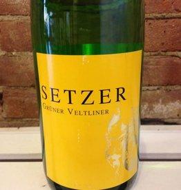 2016 Setzer Gruner Veltliner, 1Liter