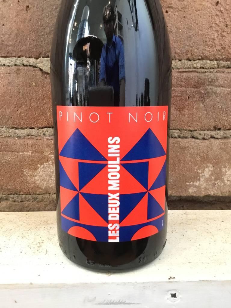 2016 Les Deux Moulins Pinot Noir VDP Loire, 750ml