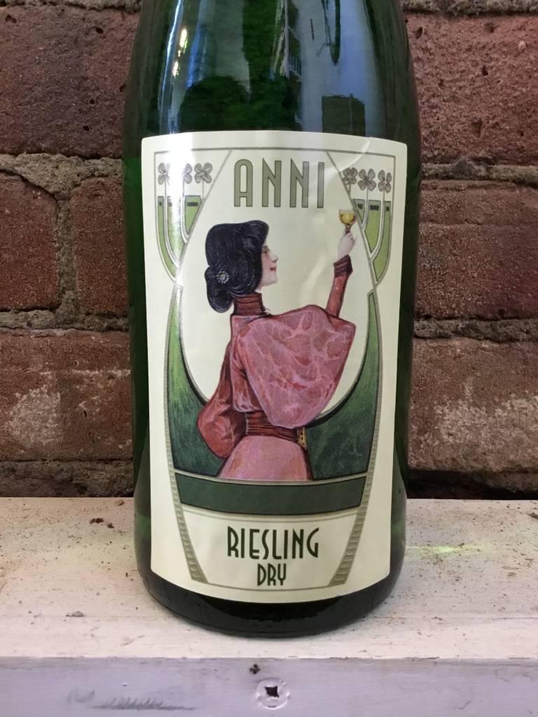 2016 Anni Pfalz Dry Riesling, 1L