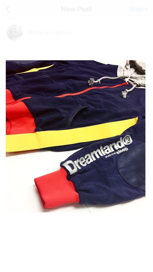 DreamLand (N) Windbreaker Hood