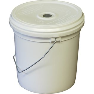 Pail Feeder with lid