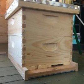 Double Medium Hive Kit, 8-Frame, Unassembled