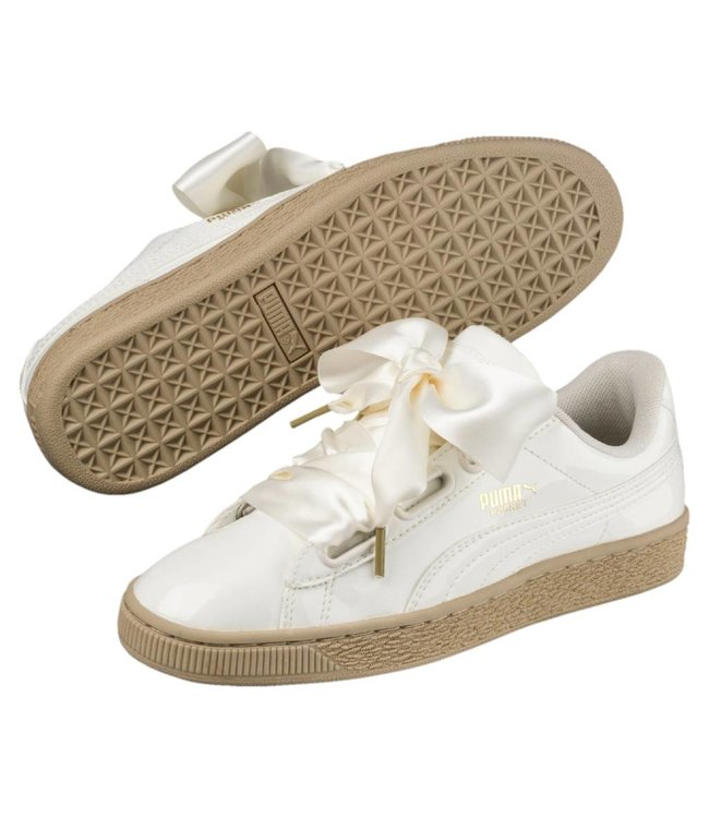 PUMA - BASKET HEART PATENT SNEAKERS