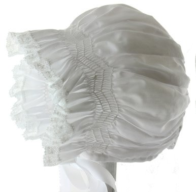 Feltman Brothers Feltman Brothers Diamond Smocked Lace Bonnet