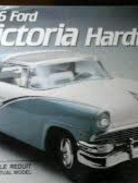 AMT 1956 Ford Victoria Hardtop 1/25 model Kit Reduit