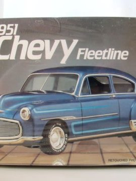 AMT 1/25 Model Kit 1951 Chevy Fleetline #6754 (Collectible)