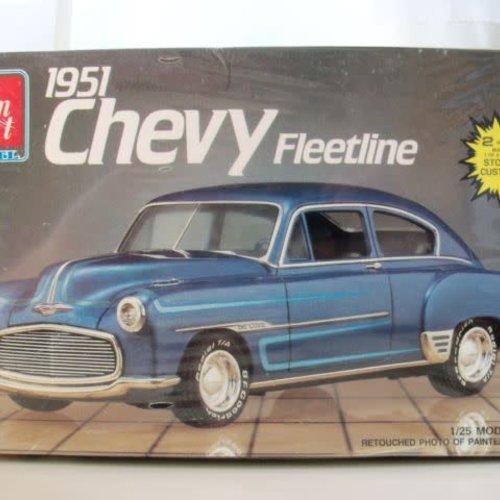 AMT 1/25 Model Kit 1951 Chevy Fleetline #6754 (Collectible)